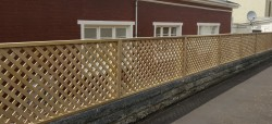 diagonal framed trellis